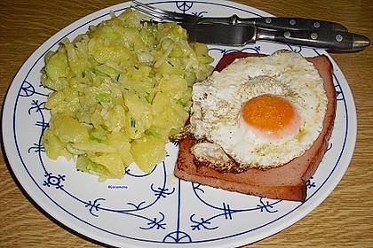 Bayrischer Kartoffelsalat mit Gurke 11