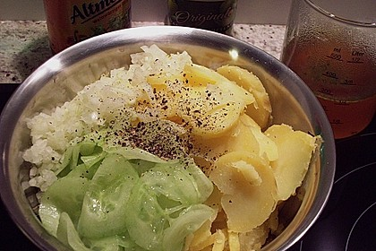 Bayrischer Kartoffelsalat mit Gurke 25