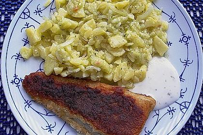 Bayrischer Kartoffelsalat mit Gurke 16