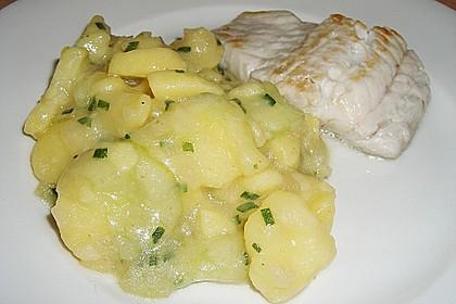 Bayrischer Kartoffelsalat mit Gurke 8