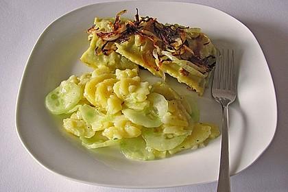 Bayrischer Kartoffelsalat mit Gurke 17