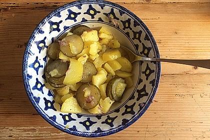 Bayrischer Kartoffelsalat mit Gurke 32