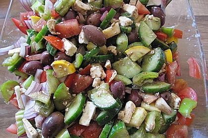 Griechischer Salat mit Schafkäse 2