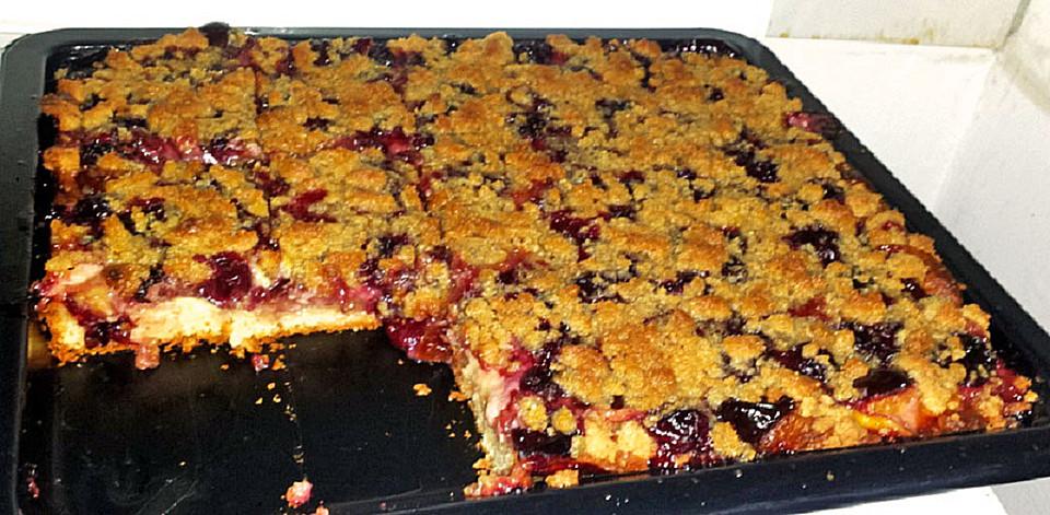 Pflaumenkuchen Mit Pudding Und Streusel Von Sissimuc Chefkoch De
