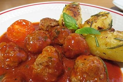 Hackbällchen in Tomatensoße - Cufte