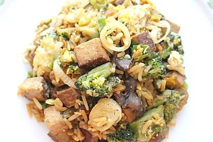 Gebratener Reis mit Tofu und Ei 6
