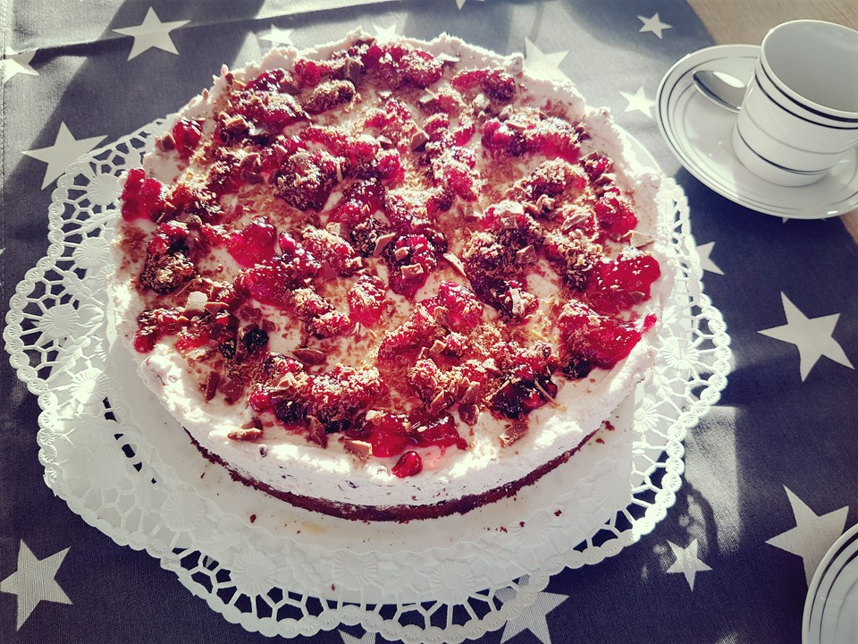Schoko Spekulatius Kuchen Mit Preiselbeer Sahne Von Bross Chefkoch De