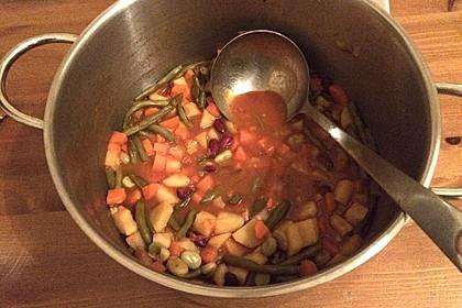 Bohnen-Gemüsesuppe