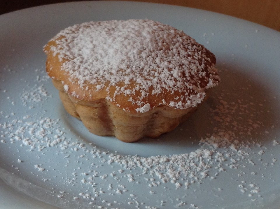 Muffins Mit Banane Apfel Und Karotte Kalorienarm Chefkoch De