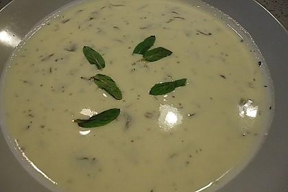Armenische Joghurtsuppe
