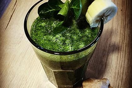 Grüner Smoothie mit Feldsalat und Kokos 1