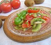 Fruchtiger Tomatensalat (Bild)