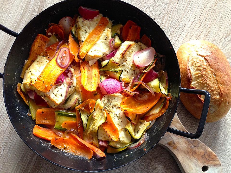 Leichte Sommerküche Vegetarisch : Vegetarisches frühlingspfännchen mit feta käse von jodka sour