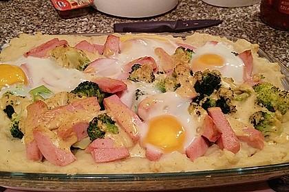 Brokkoligratin mit Fleischwurst und Kartoffelpüree 5