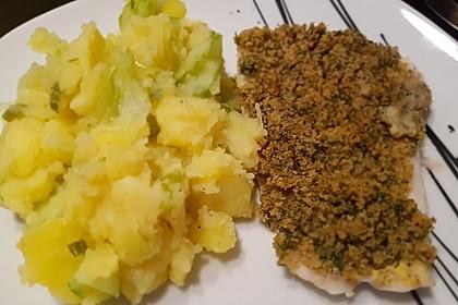 Kabeljau überbacken mit Kartoffel-Gurken-Radieschen-Salat 4