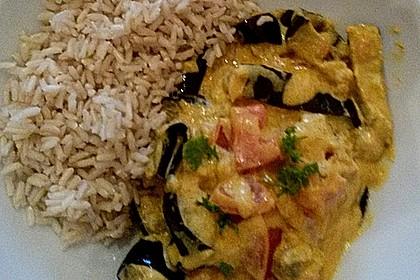 Auberginen-Curry mit Joghurtsauce 26
