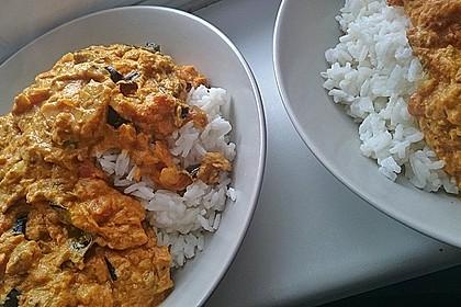 Auberginen-Curry mit Joghurtsauce 12
