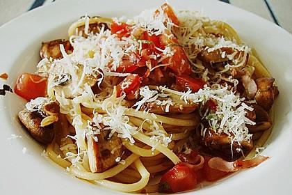 Bandnudeln mit braunen Champignons und Tomaten-Vinaigrette 3