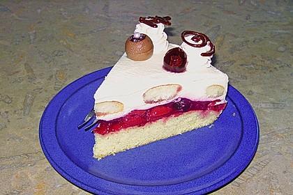 Käse - Sahne Torte mit Amarenakirschen 3