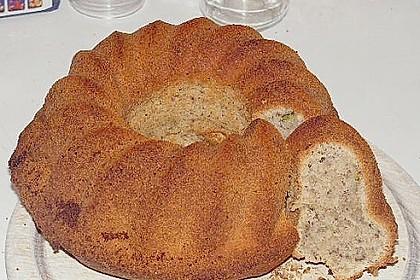 Zucchini - Nuss - Kuchen 6