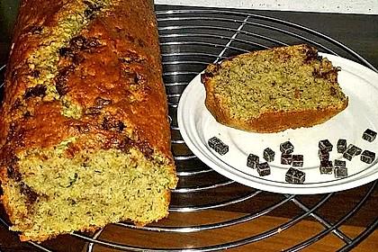 Zucchini - Nuss - Kuchen 9