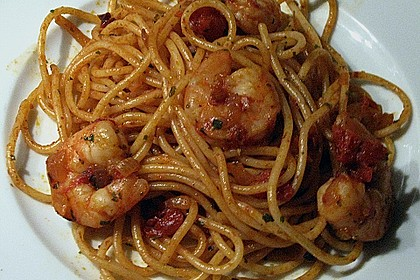 Schwarze Spaghetti mit Scampisugo 11