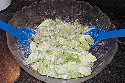 Grüner Salat mit Sahnesauce 8