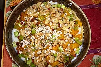 Eris veganer Rhabarberkuchen mit Mango