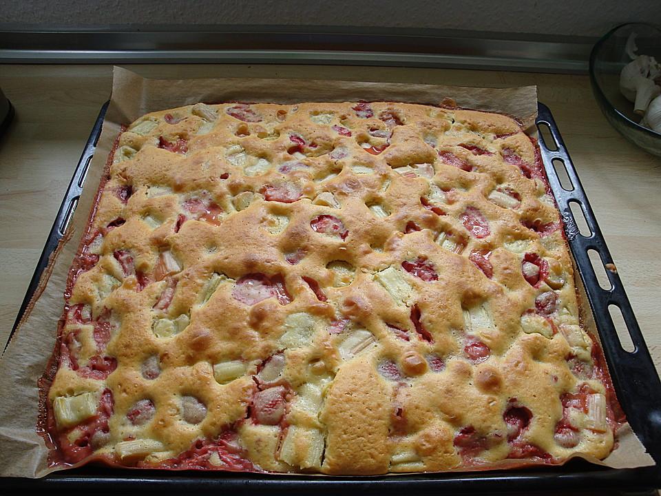 Schneller Erdbeer Rhabarberkuchen Von Stephankohlhoff Chefkoch De