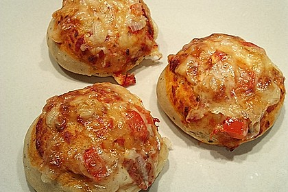 Kleine Pizza-Brötchen