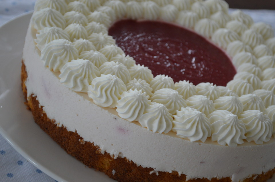 Erdbeer Quark Kuchen Von Cherimoyav Chefkoch De