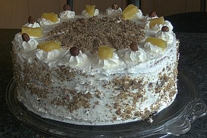 Ananas-Nuss-Sahne-Torte