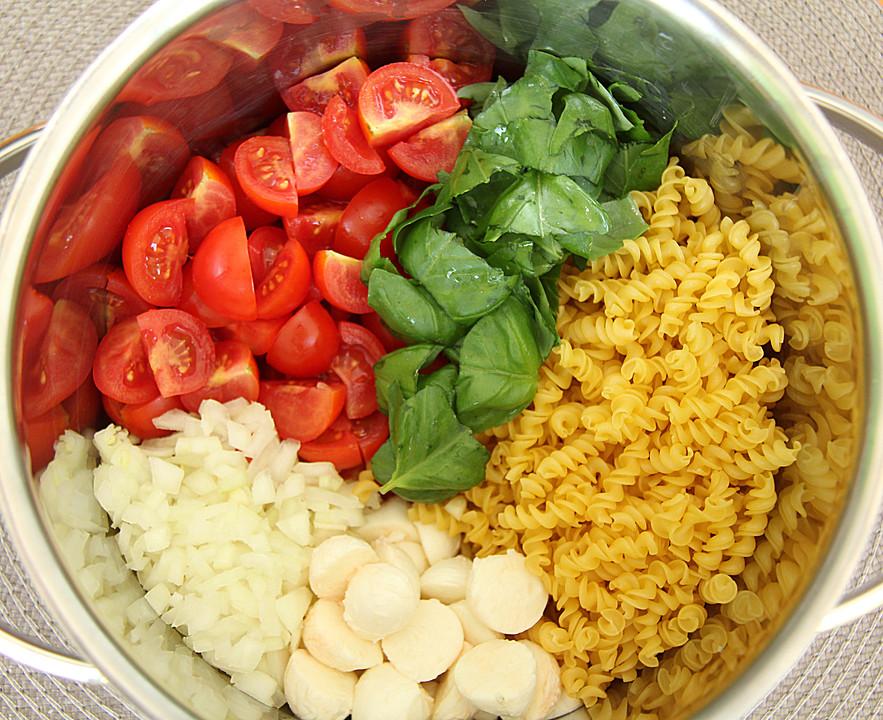 One Pot Pasta Tomate Mozzarella Von Noname1270 Chefkochde