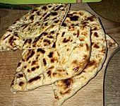 Fluffiges Naan Brot (Bild)