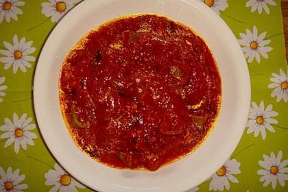 Tomatensauce mit Oliven und Kapern 3