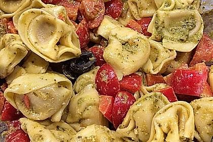 Tortellini-Pesto Salat 4
