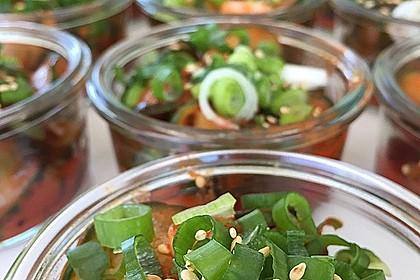Scharfer koreanischer Gurkensalat
