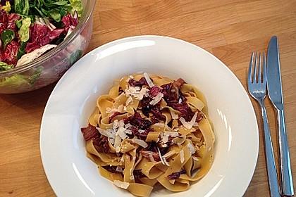 Pasta mit Radicchio und Prosciutto 1