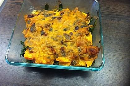 Süßkartoffel-Auflauf mit Spinat (Bild)