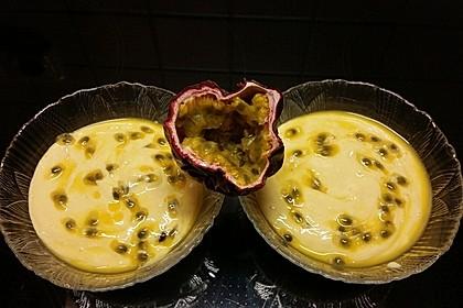 Mango- und Passionsfruchtcreme