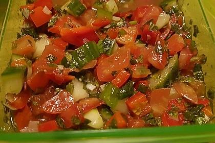 Arabischer Salat mit Minze Zitronendressing 2