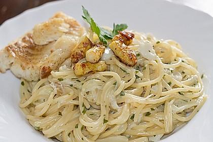 Spaghetti in Sahnesoße mit Spargel und Fischfilet