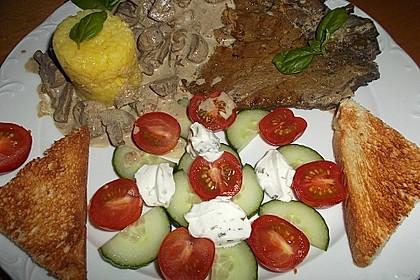 Gespickte Knoblauch-Burgunder Koteletts