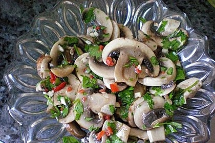 Zucchini-Champignons, mariniert