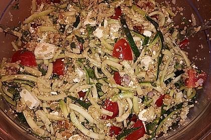 Zucchini-Quinoa Salat
