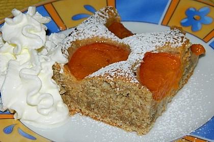 Dinkelvollkorn-Marillenkuchen