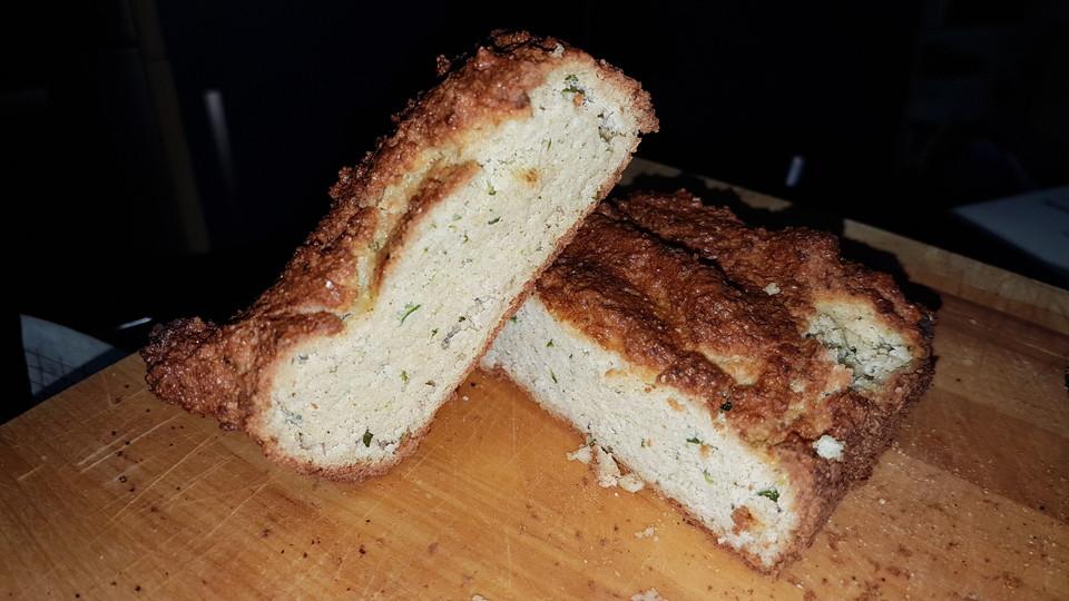 Low Carb Mandel Zucchini Kuchen Von Haselnusshornchen Chefkoch De