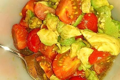 Leckerer Tomaten-Avocado-Salat 15