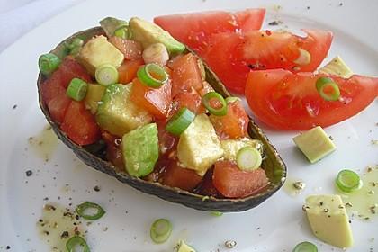 Leckerer Tomaten-Avocado-Salat 8