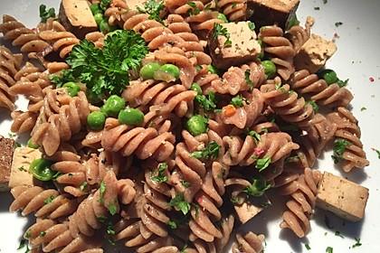Nudel-Tofu-Erbsenpfanne 1